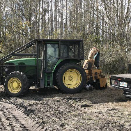 John Deer, Tractor, groundcover Restoration